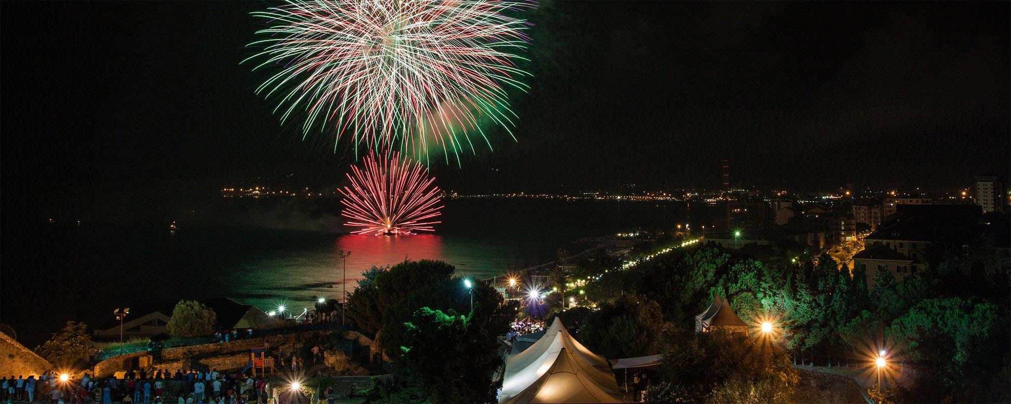 Fuochi d'artificio a Savona, Liguria