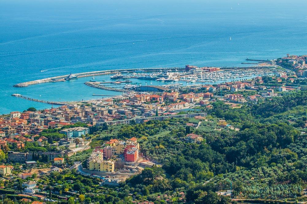 Loano, Riviera ligure di Ponente, Liguria